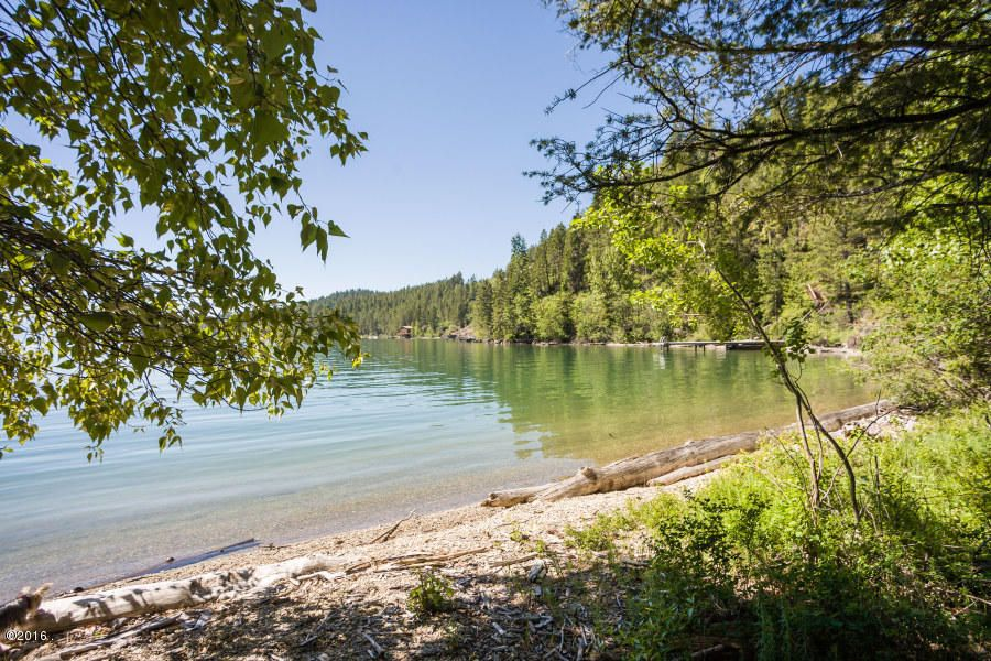 Additional photo for property listing at 755  Hughes Bay Road 755  Hughes Bay Road Lakeside, Montana,59922 Stati Uniti