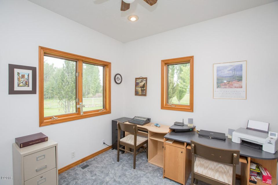 Additional photo for property listing at 466 Bella Vista Way  Victor, Montana 59875 United States
