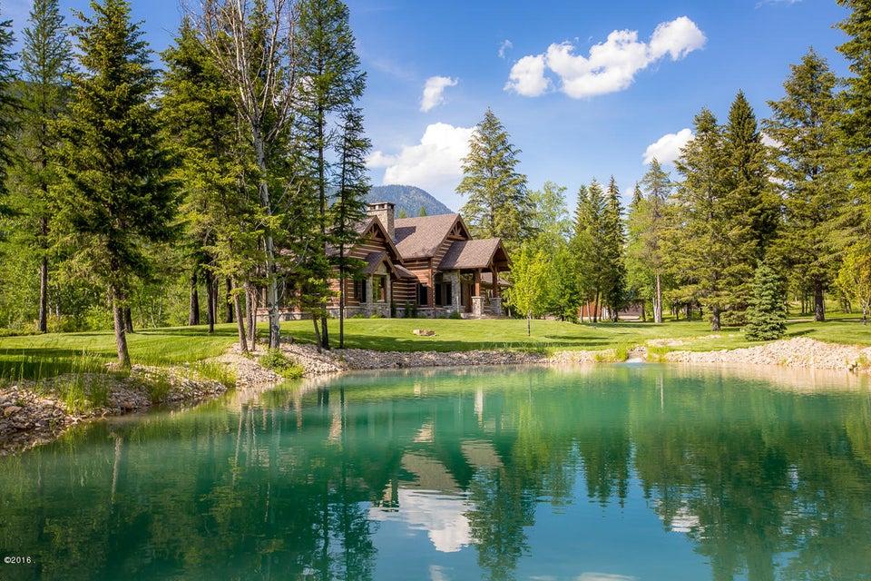 獨棟家庭住宅 為 出售 在 5604 Graves Creek Road Eureka, 蒙大拿州,59917 美國