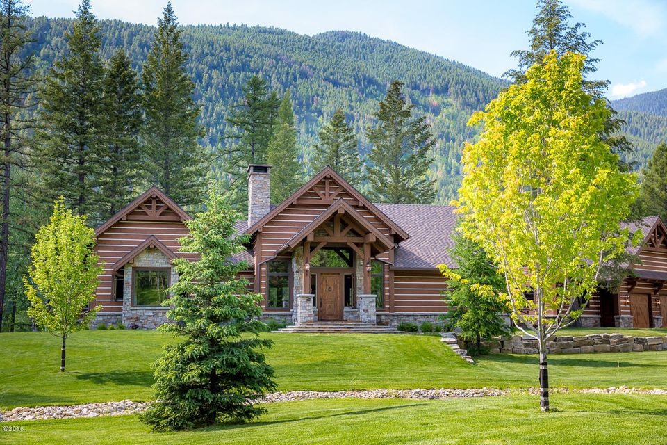 Additional photo for property listing at 5604  Graves Creek Road  Eureka, Montana,59917 Estados Unidos