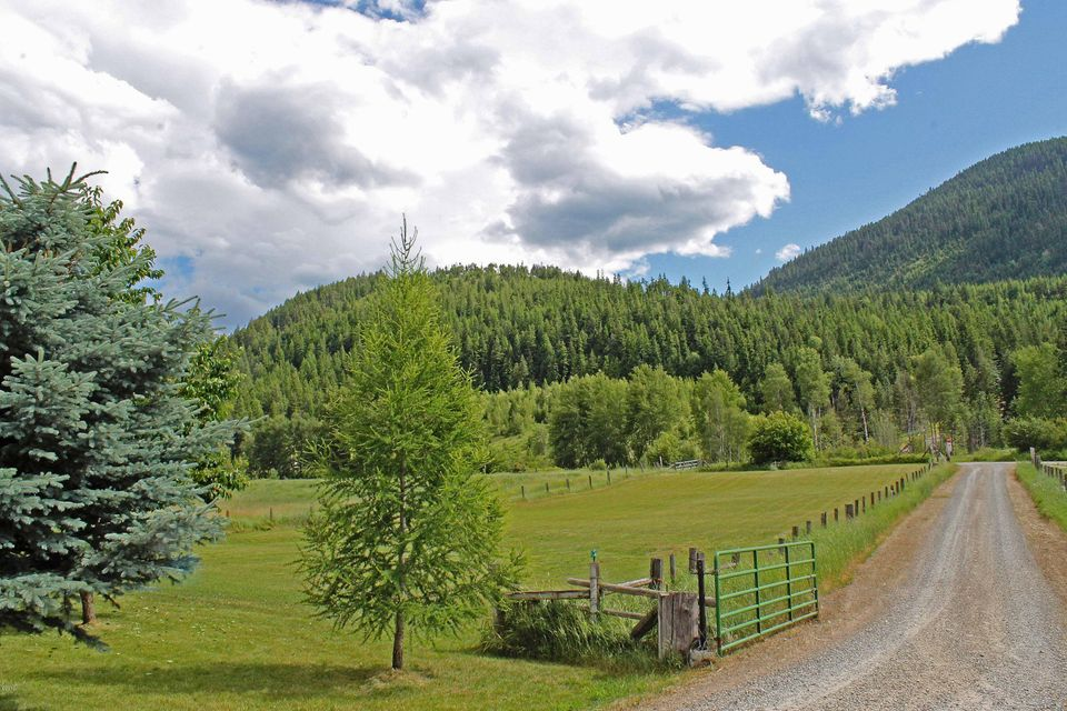 Additional photo for property listing at 131 Cedar Meadow Road  Libby, Montana 59923 United States
