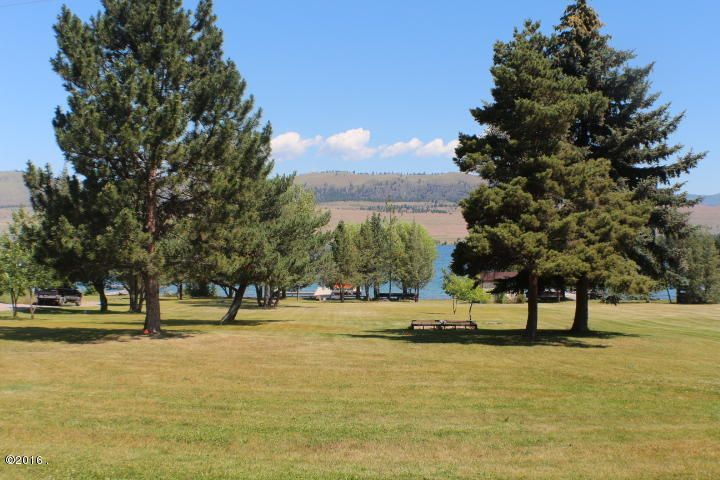 Additional photo for property listing at 34558 Us Highway 93 34558 Us Highway 93 Big Arm, Montana 59910 United States