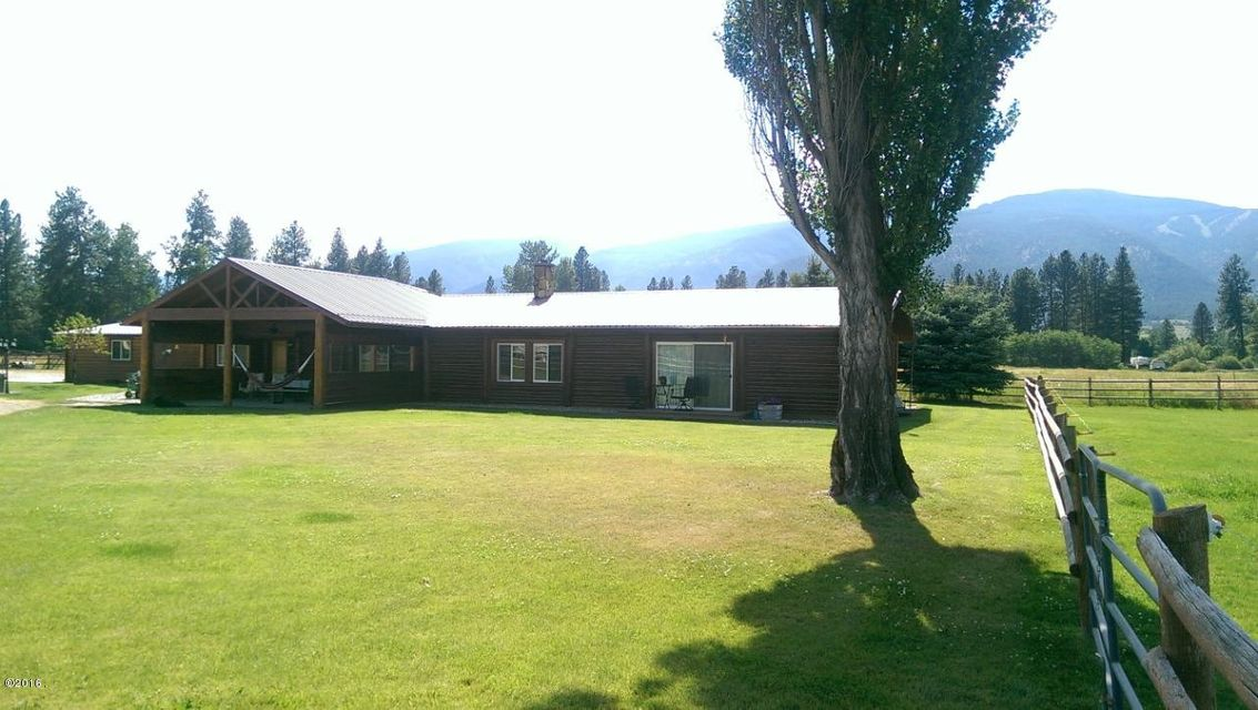Single Family Home for Sale at 4368 East Carlton Creek Road Florence, Montana 59833 United States