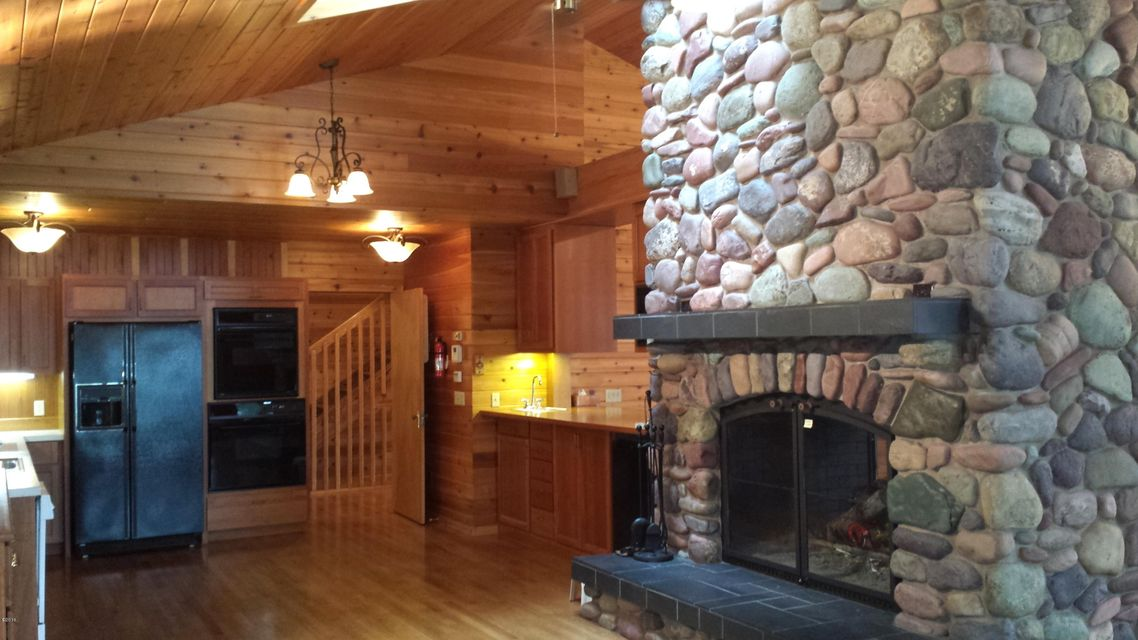 Additional photo for property listing at 2031 Ridge Crest Drive  Whitefish, Montana 59937 United States