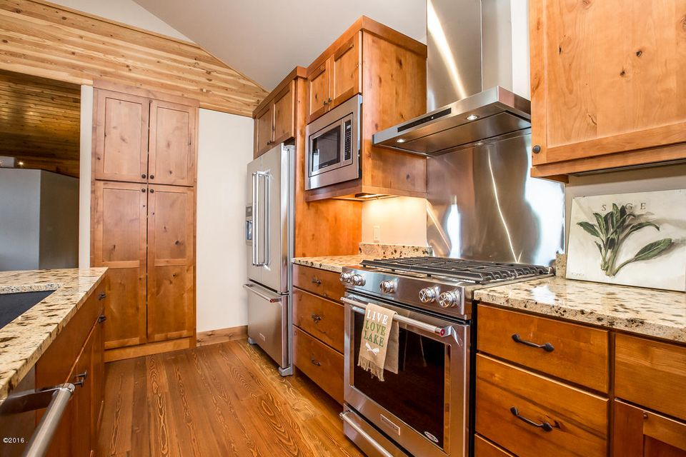 Additional photo for property listing at 2862 Rest Haven Drive 2862 Rest Haven Drive Whitefish, Montana 59937 United States