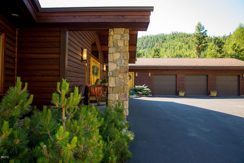 Additional photo for property listing at 805 Cloud Creek Road  Somers, Montana 59932 United States