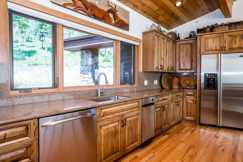 Additional photo for property listing at 805  Cloud Creek Road 805  Cloud Creek Road Somers, Montana,59932 Estados Unidos