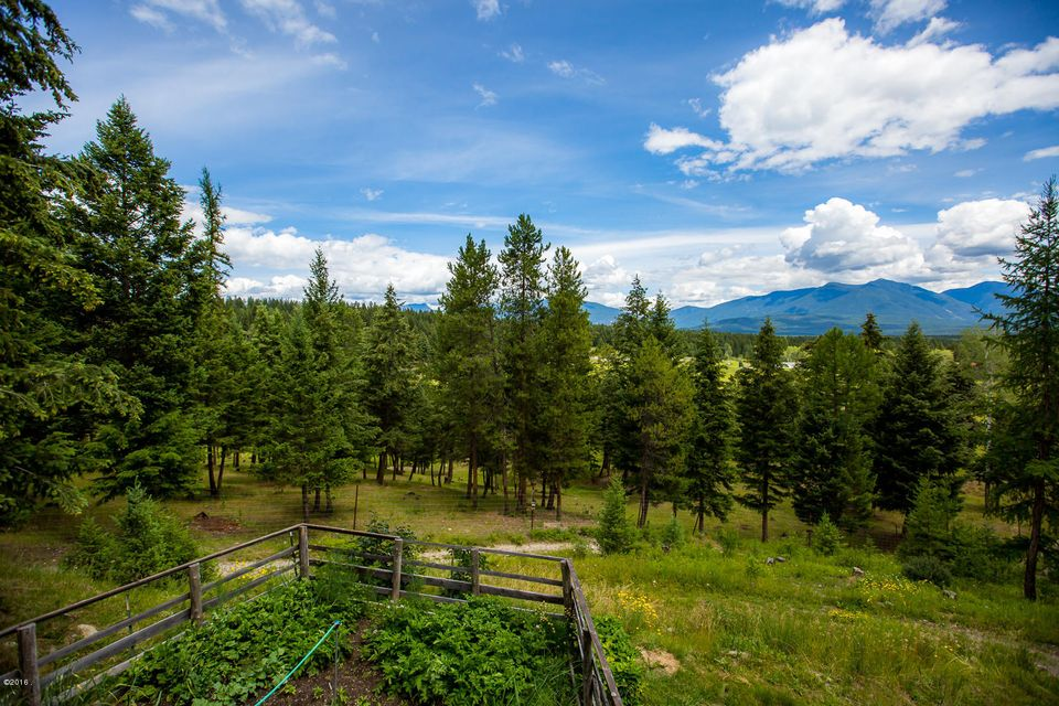 Additional photo for property listing at 3279 Meadow Creek Road  Fortine, Montana 59918 United States