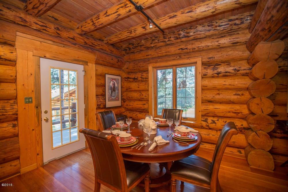 Additional photo for property listing at 173 Hawthorne Lane  Hamilton, Montana 59840 United States