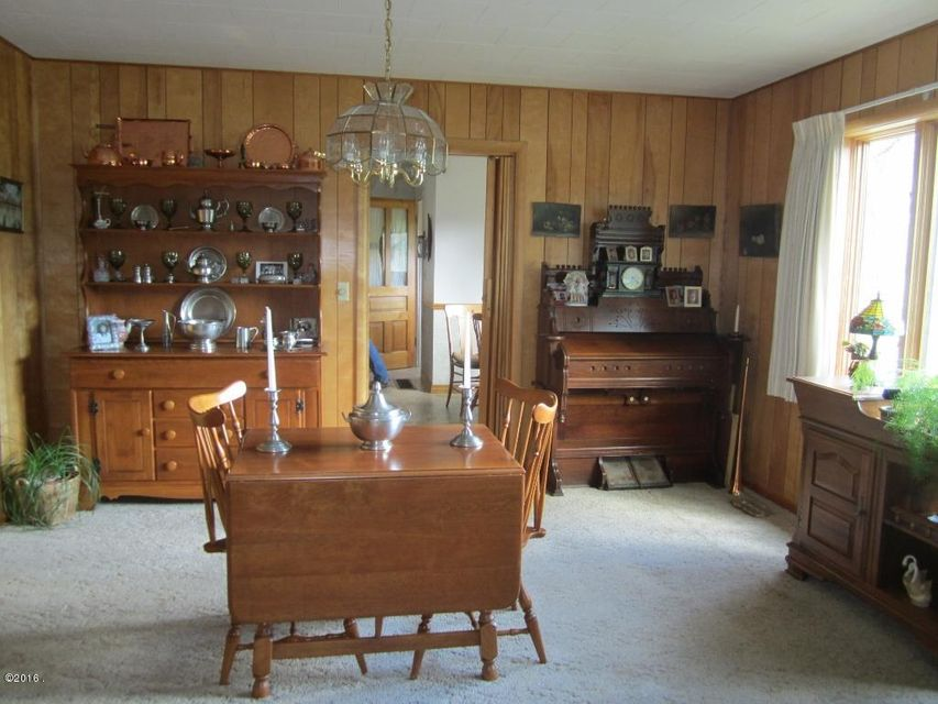 Additional photo for property listing at 800 Adams Street  Alberton, Montana 59820 United States