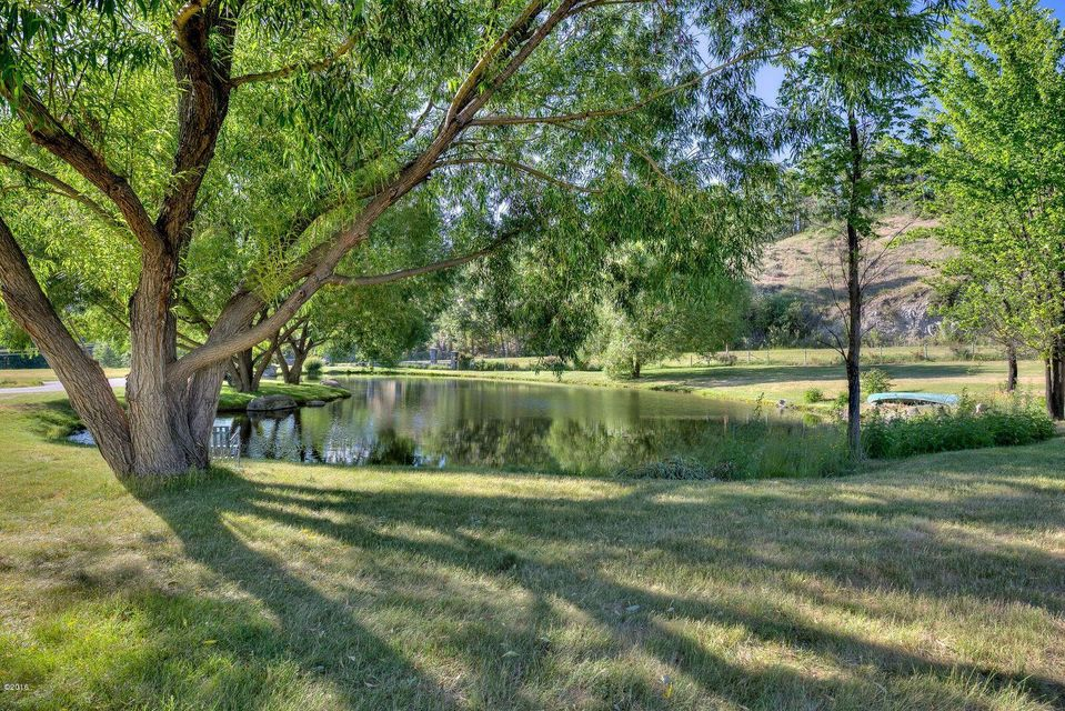 Additional photo for property listing at 1305 Skalkaho Highway 1305 Skalkaho Highway Hamilton, Montana 59840 United States