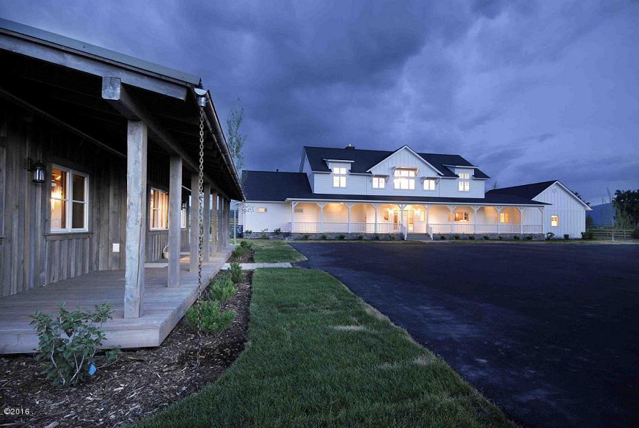 Частный дом для того Продажа на 351 Ogden Lane Hamilton, Монтана,59840 Соединенные Штаты