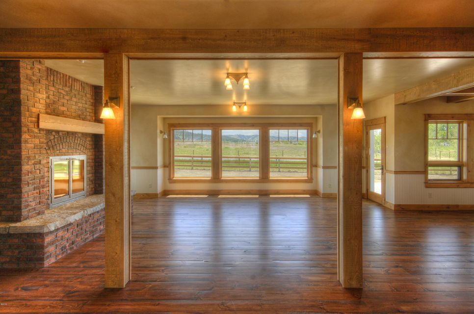 Additional photo for property listing at 351  Ogden Lane  Hamilton, Montana,59840 États-Unis