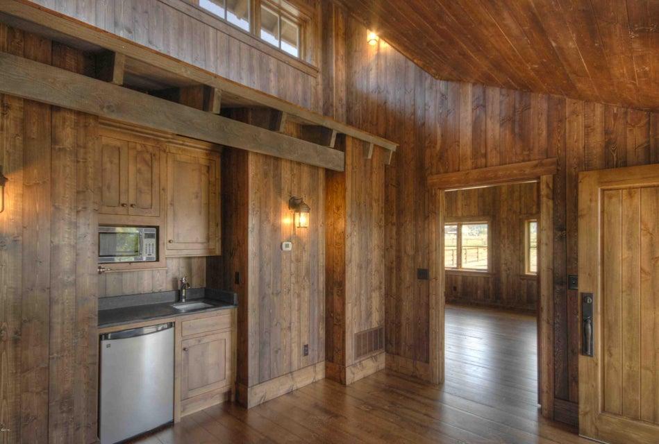 Additional photo for property listing at 351  Ogden Lane  Hamilton, Монтана,59840 Соединенные Штаты