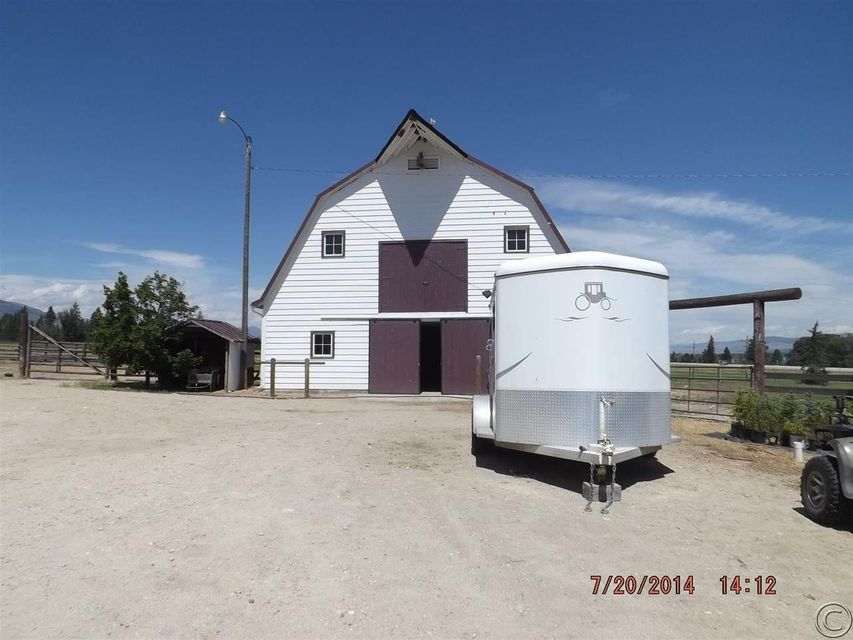 Additional photo for property listing at 977 Us-93 South  Hamilton, Montana 59840 United States