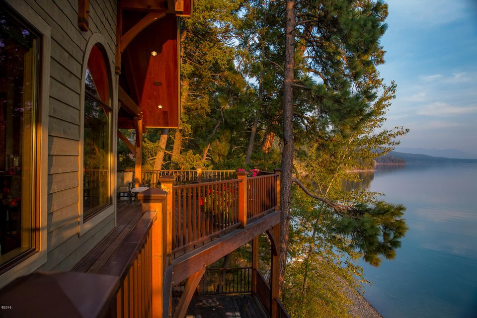 Additional photo for property listing at 3632 East Lakeshore Drive  Whitefish, Montana 59937 United States