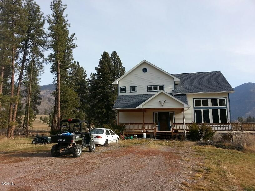 Single Family Home for Sale at 885 Juniper Lane Alberton, Montana 59820 United States