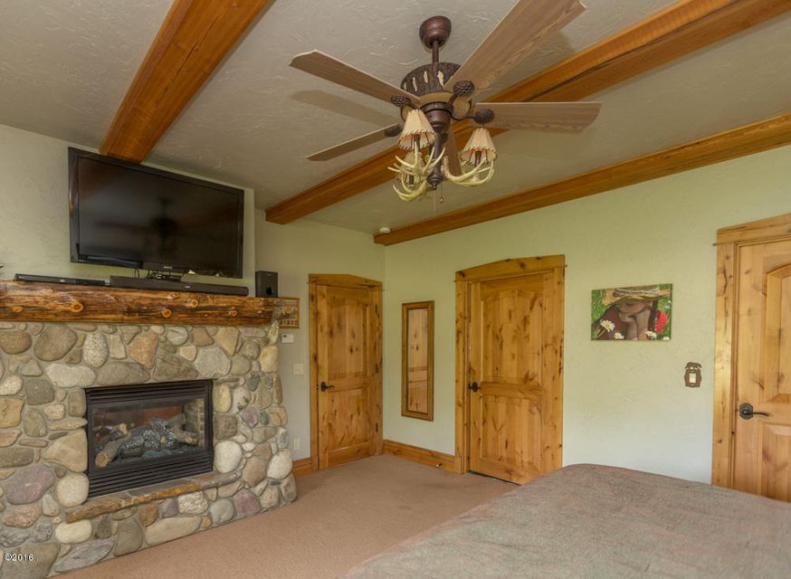 Additional photo for property listing at 4907 Us Hwy 93 S 4907 Us Hwy 93 S Darby, Montana 59829 United States