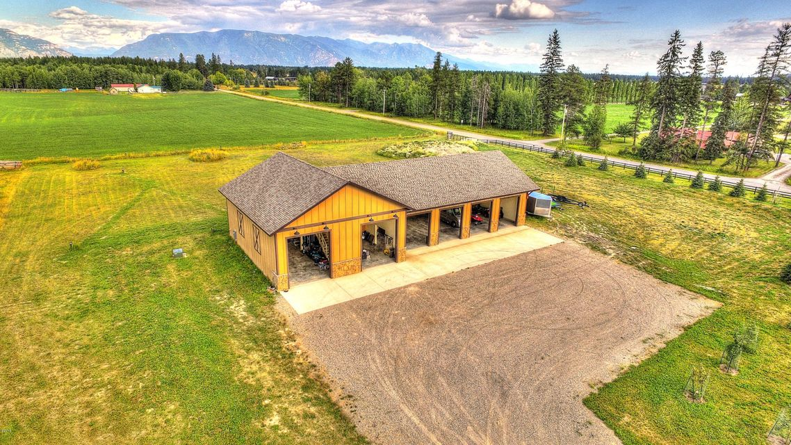 Additional photo for property listing at 415 Monegan Road  Whitefish, Montana 59937 United States