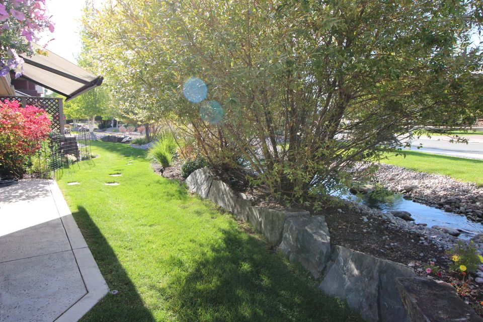 Additional photo for property listing at 34 Bay Harbor Drive  Bigfork, Montana 59911 United States