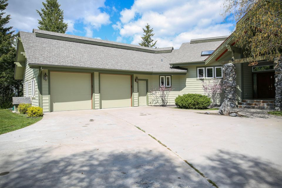 Additional photo for property listing at 735 South Wakewood Drive  Kalispell, Montana 59901 United States