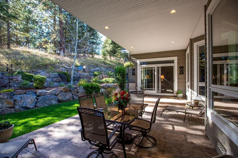 Additional photo for property listing at 100 Sunrise Court  Kalispell, Montana 59901 United States