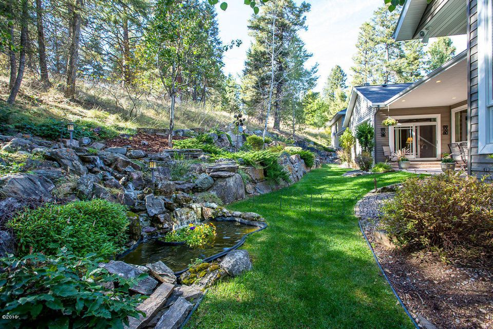 Additional photo for property listing at 100  Sunrise Court  Kalispell, Montana,59901 Verenigde Staten