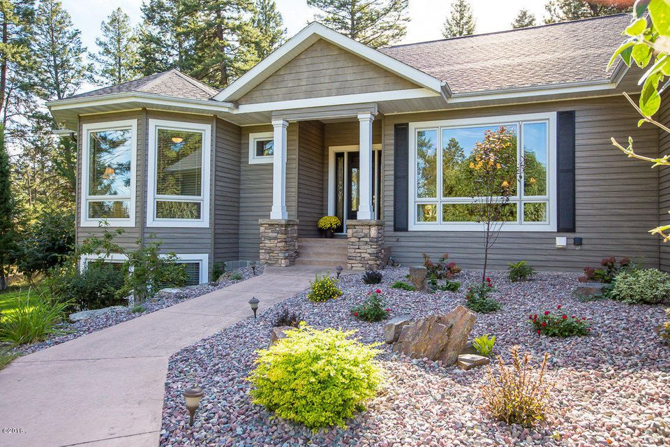 Additional photo for property listing at 100  Sunrise Court  Kalispell, Montana,59901 États-Unis