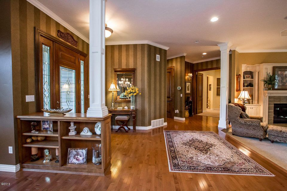 Additional photo for property listing at 100  Sunrise Court  Kalispell, Montana,59901 Stati Uniti