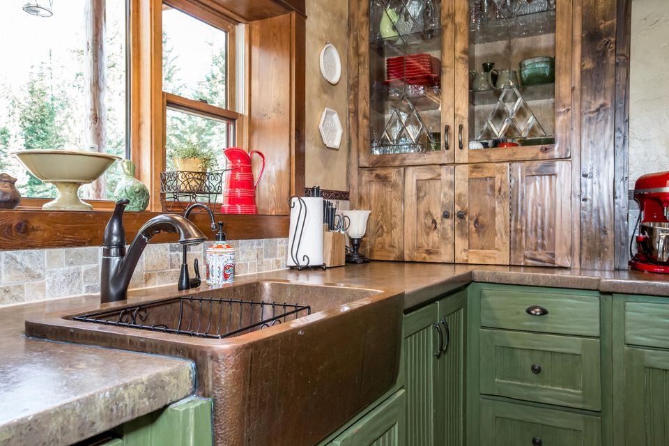 Additional photo for property listing at 1170 Lupfer Road 1170 Lupfer Road Whitefish, Montana 59937 United States