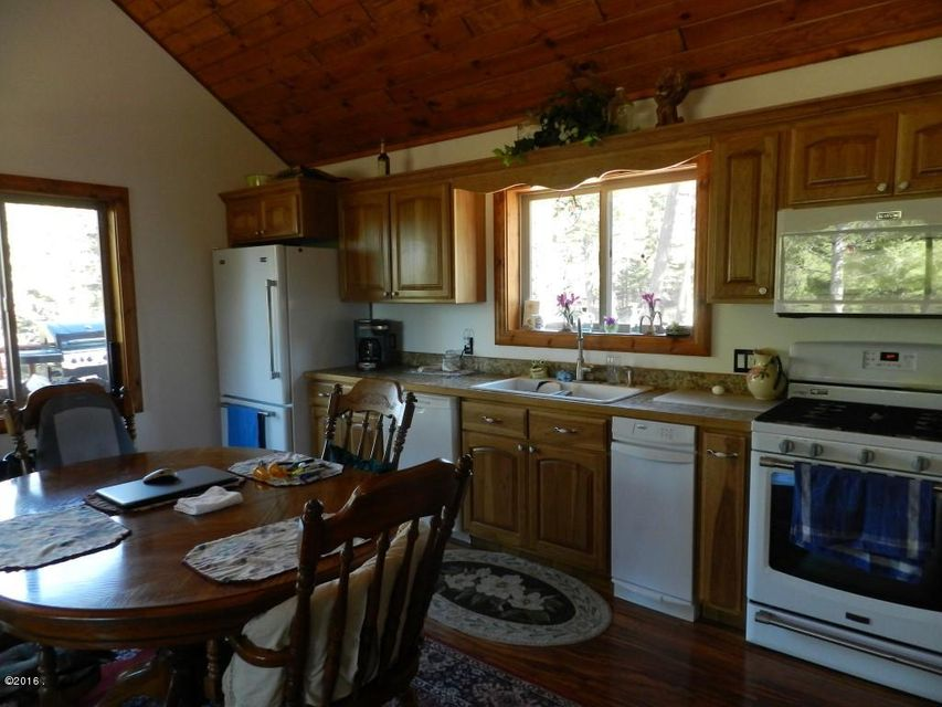 Additional photo for property listing at 200 Fish Hawk Road  Helmville, Montana 59843 United States