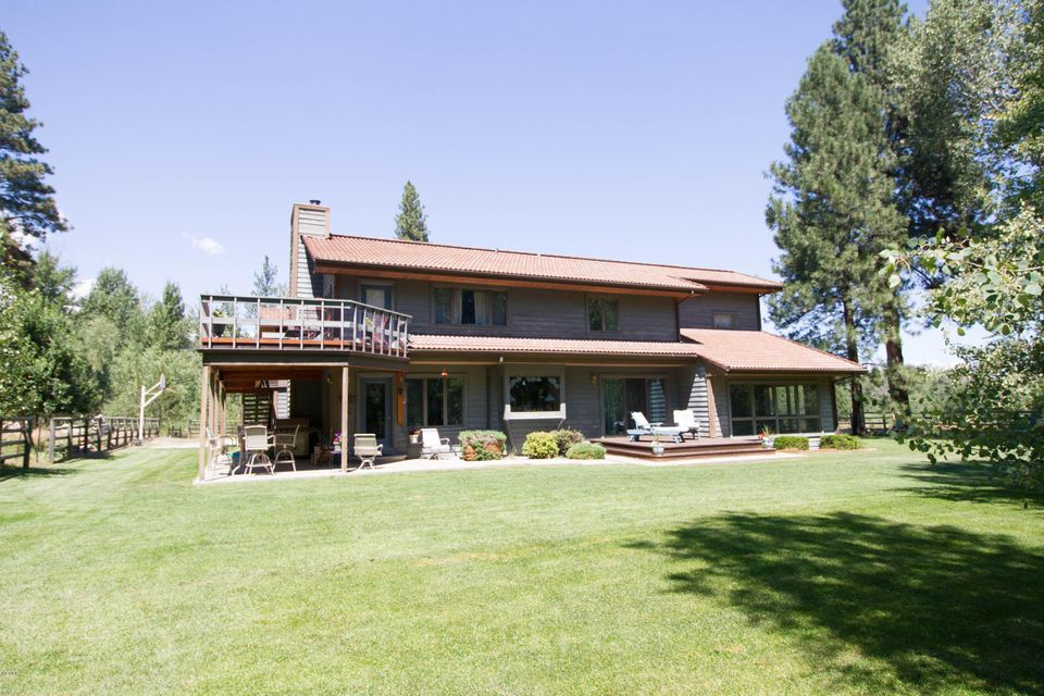 Additional photo for property listing at 131 Elk Haven Road  Hamilton, Montana 59840 United States