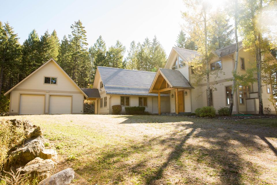 Additional photo for property listing at 543 Peters Creek Way  Kalispell, Montana 59901 United States