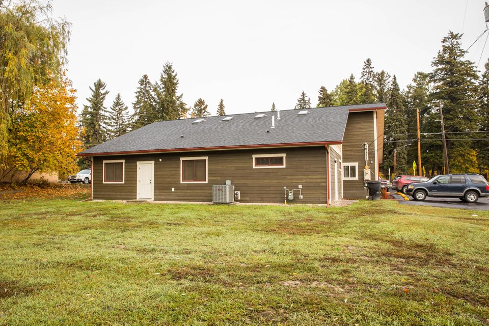 Additional photo for property listing at 724 2nd Street  Kalispell, Montana 59901 United States