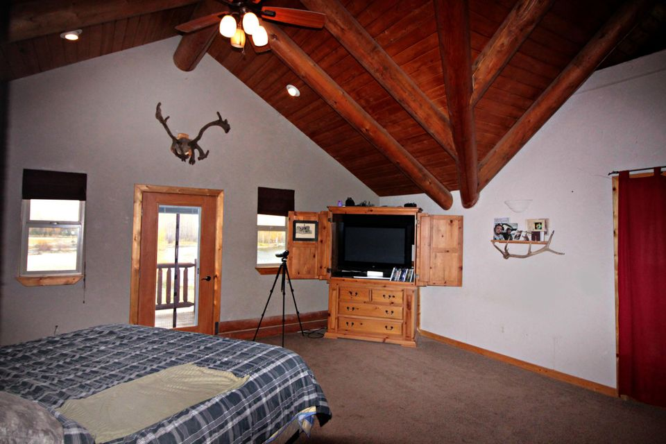 Additional photo for property listing at 772 Us Hwy 93 North  Corvallis, Montana 59828 United States