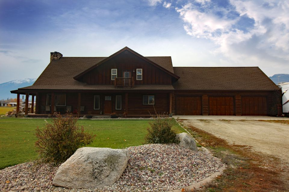 Single Family Home for Sale at 772 Us Hwy 93 North Corvallis, Montana 59828 United States