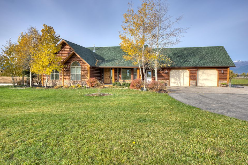 Single Family Home for Sale at 786 Moondance Lane Corvallis, Montana 59828 United States