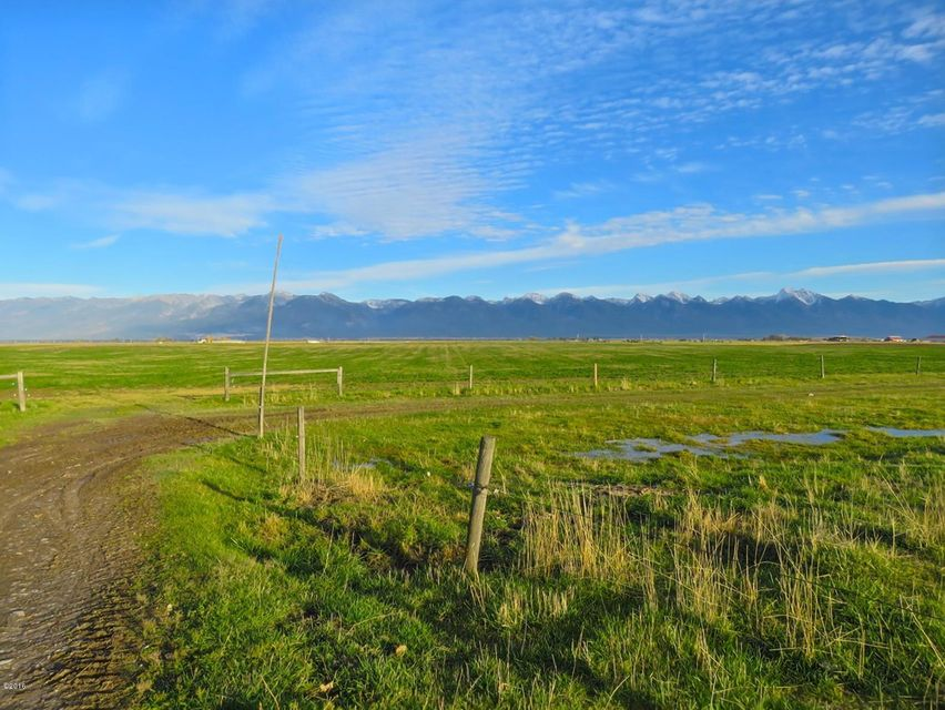 Additional photo for property listing at 44890 Cornelius Road  Ronan, Montana 59864 United States
