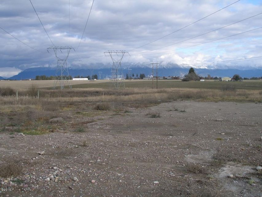Additional photo for property listing at 837 West Reserve Drive 837 West Reserve Drive Kalispell, Montana 59901 United States
