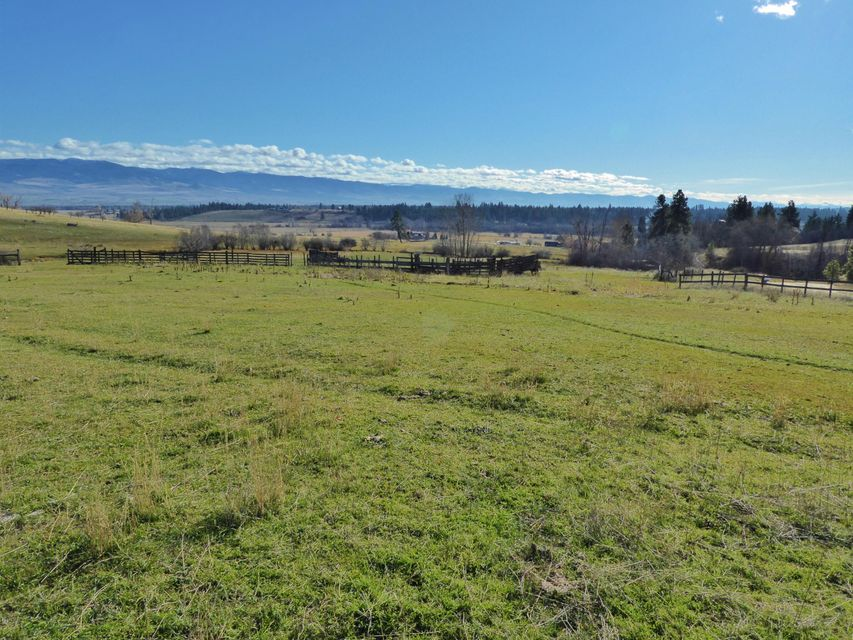 Additional photo for property listing at Smith Creek Lane Smith Creek Lane Victor, Montana 59875 United States