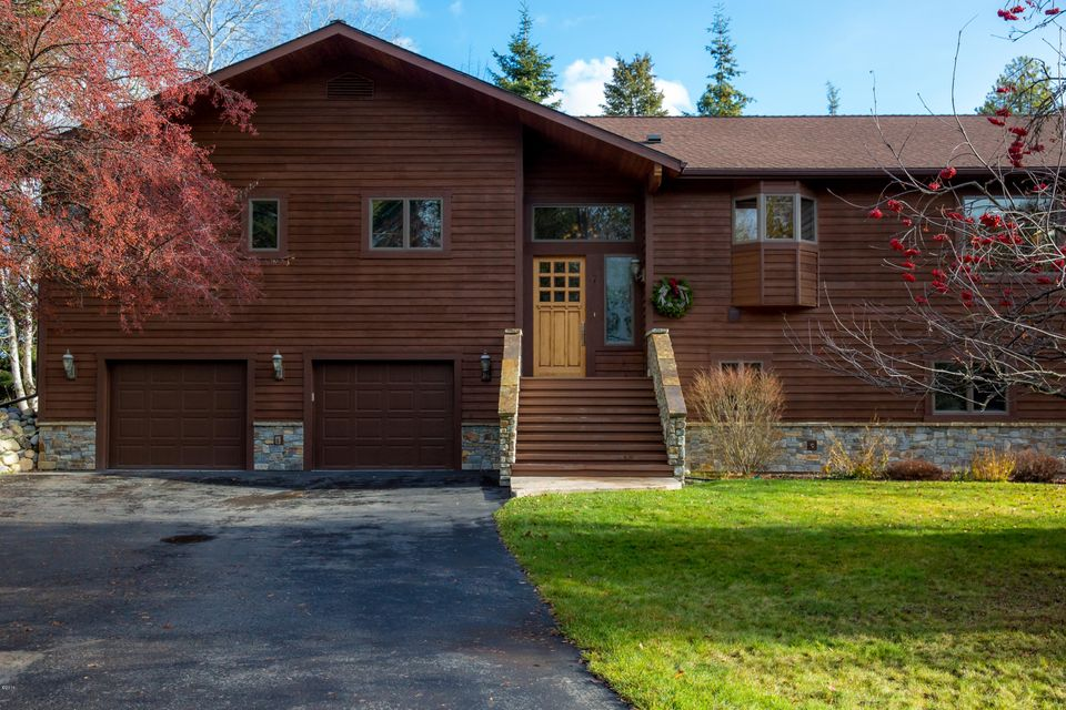 Single Family Home for Sale at 7 Green Place Whitefish, Montana 59937 United States
