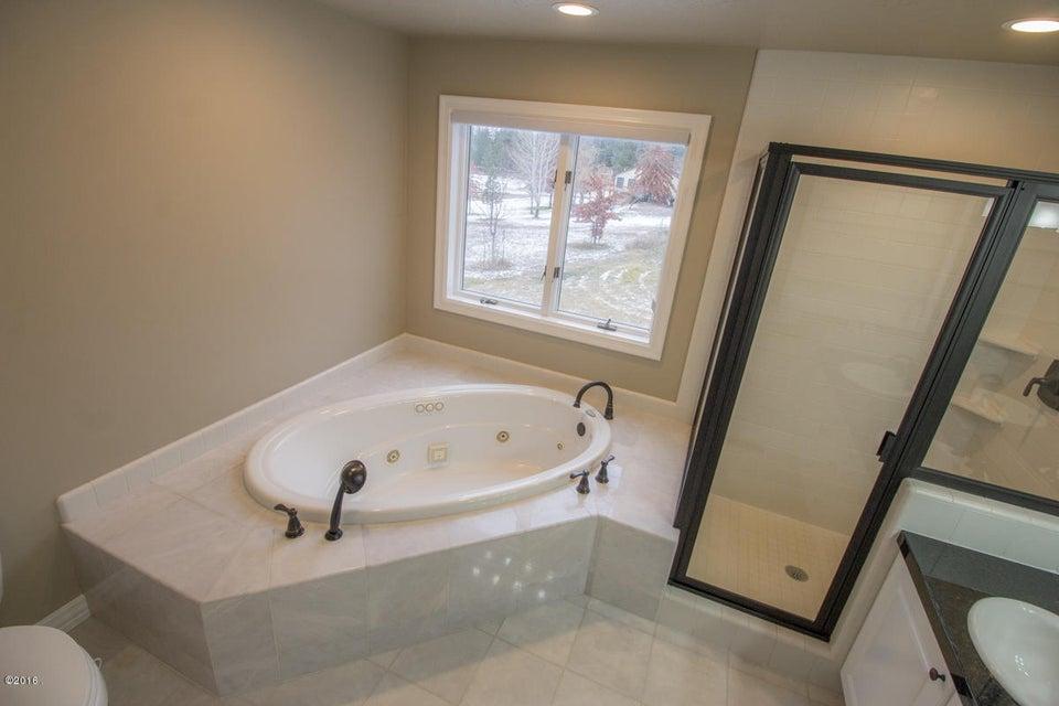 Additional photo for property listing at 2900 Saint Thomas Drive  Missoula, Montana 59803 United States