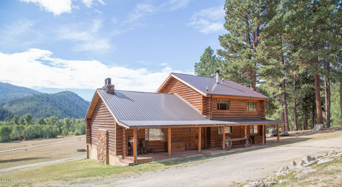 Single Family Home for Sale at 123 Lone Wolf Lane Darby, Montana 59829 United States