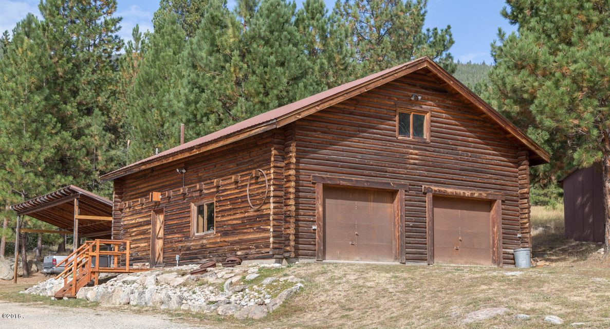Additional photo for property listing at 123 Lone Wolf Lane  Darby, Montana 59829 United States