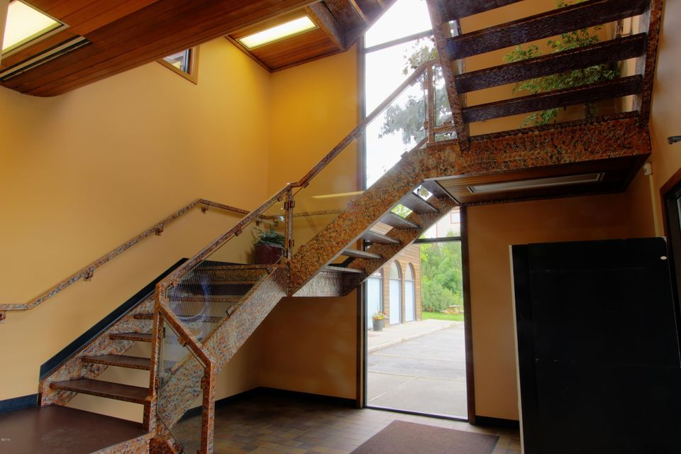 Additional photo for property listing at 100 East 2nd Street  Whitefish, Montana 59937 United States