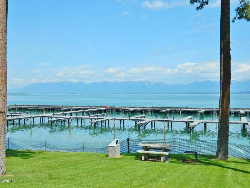 Additional photo for property listing at 226 Pennant Lane  Lakeside, Montana 59922 United States