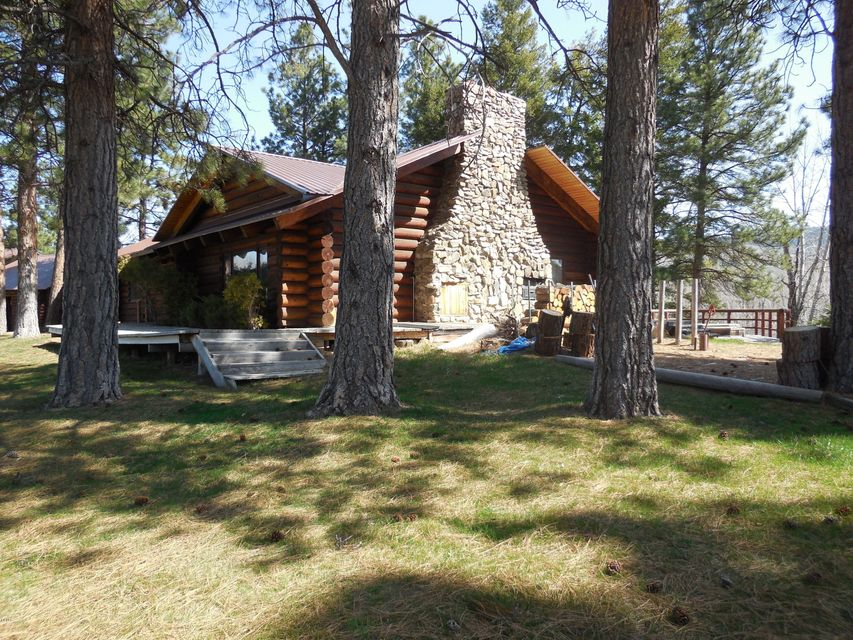 Single Family Home for Sale at 36 Trapper View Lane Darby, Montana 59829 United States