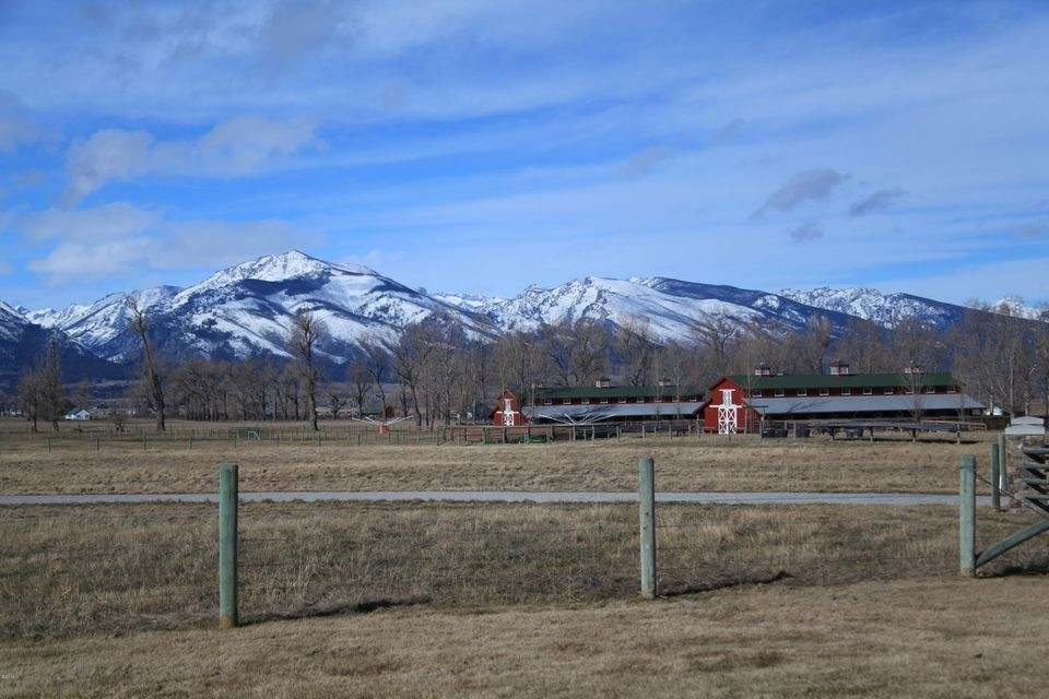 Additional photo for property listing at 352 Ogden Lane  Hamilton, Montana 59840 United States