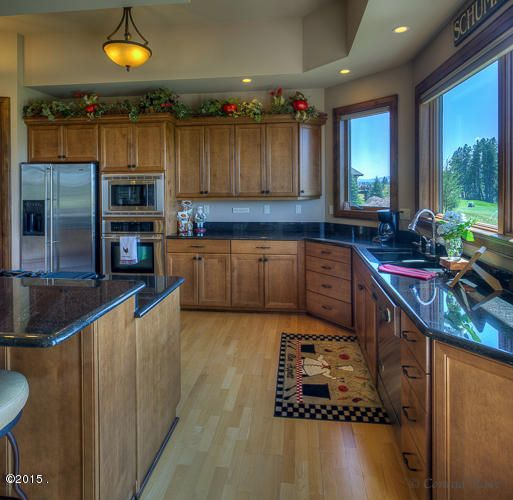 Additional photo for property listing at 302 Fox Hollow Court  Kalispell, Montana 59901 United States