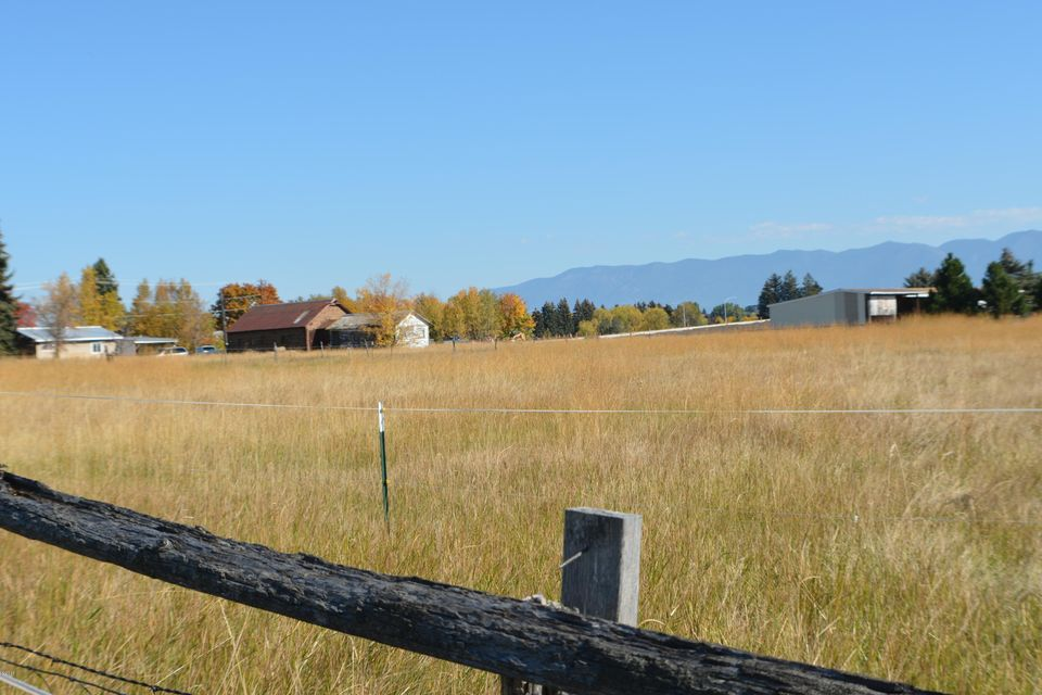Additional photo for property listing at 1090 Two Mile Drive  Kalispell, Montana 59901 United States